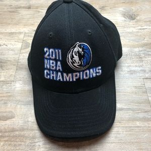Adidas Dallas mavericks 2011 NBA champs cap hat